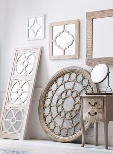 Warm Design Ahşap Çerçeveli Antik Ayna Renkli